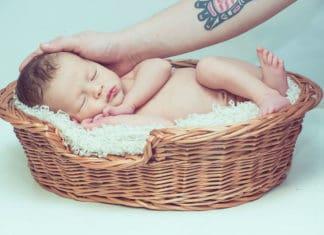 dijete ispod staklenog zvona