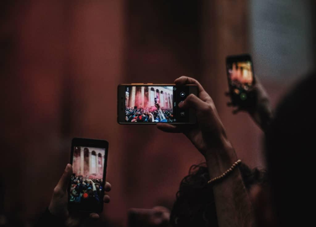 ovisnost o mobitelima roditelji